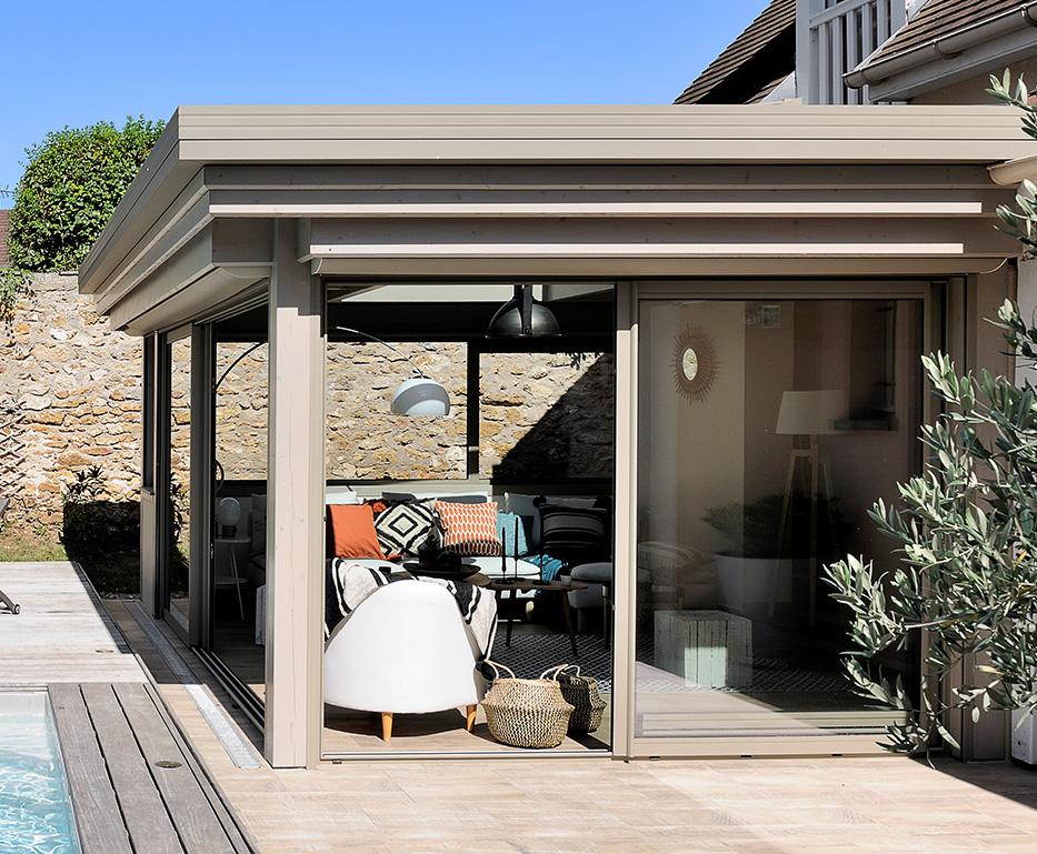 Une véranda toit plat de la gamme Horizon de Vie & Véranda